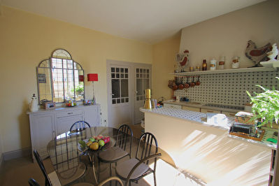 Beautiful townhouse with garages to rent 4/13