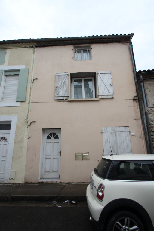 Investment property right bank Villeneuve Sur Lot 2/4