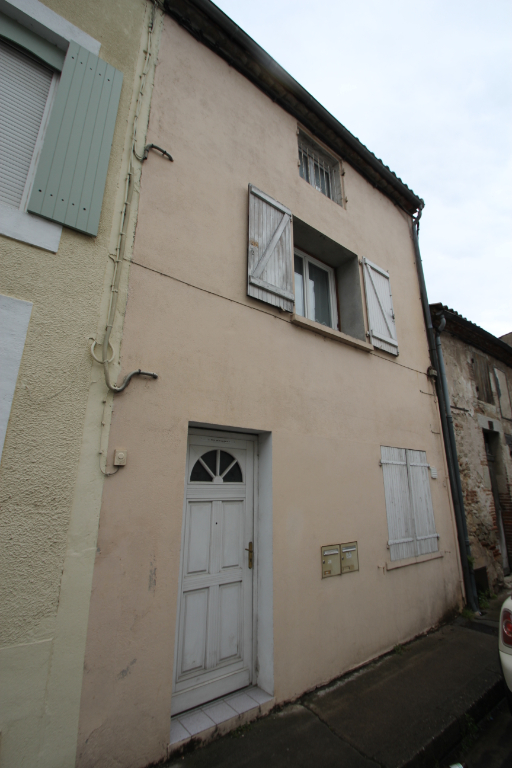 Investment property right bank Villeneuve Sur Lot 4/4
